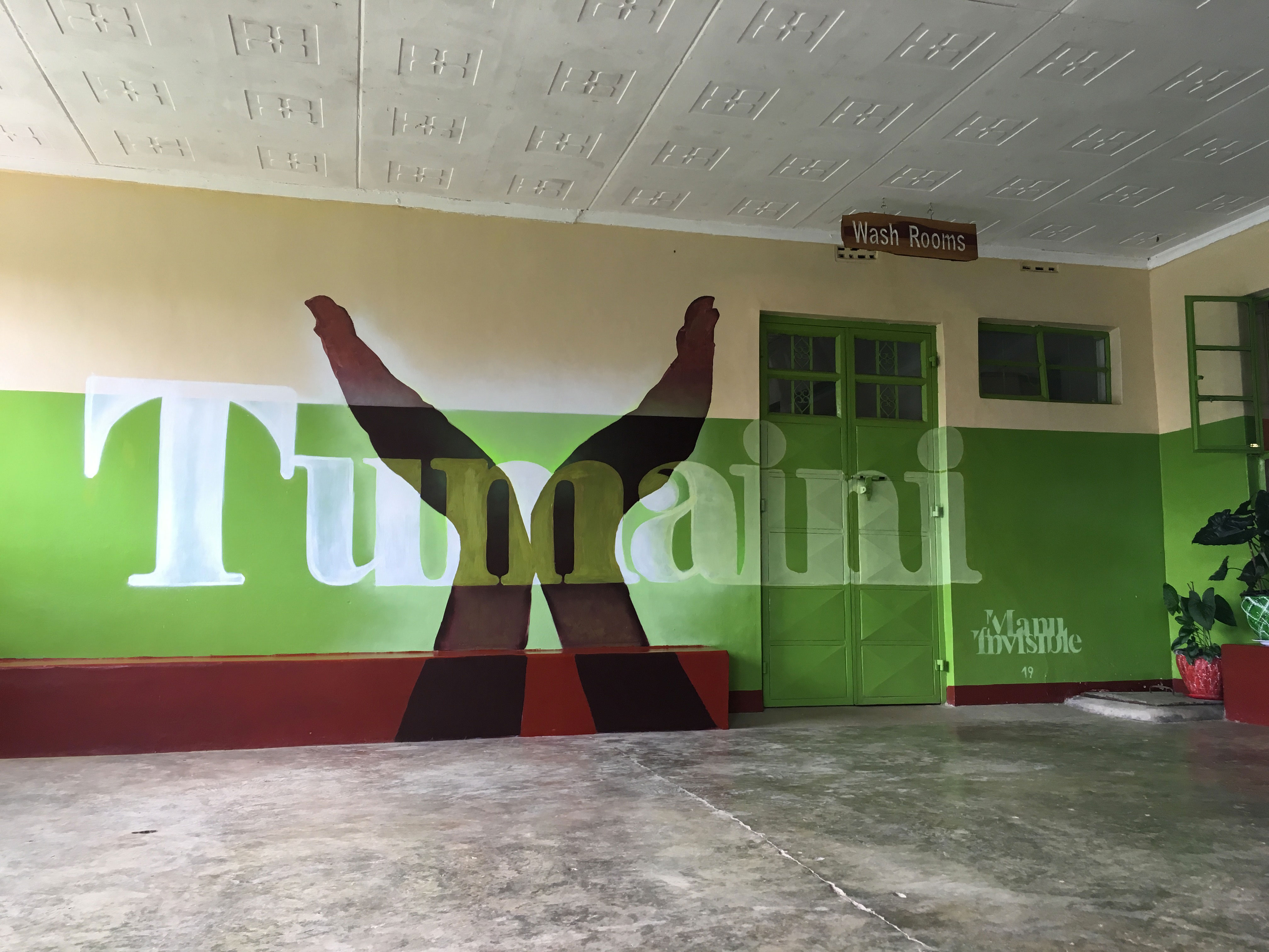 ''Tumaini'' Spray and acrilic paint on wall 3 x 6 m Nanyuki (Africa) 2019