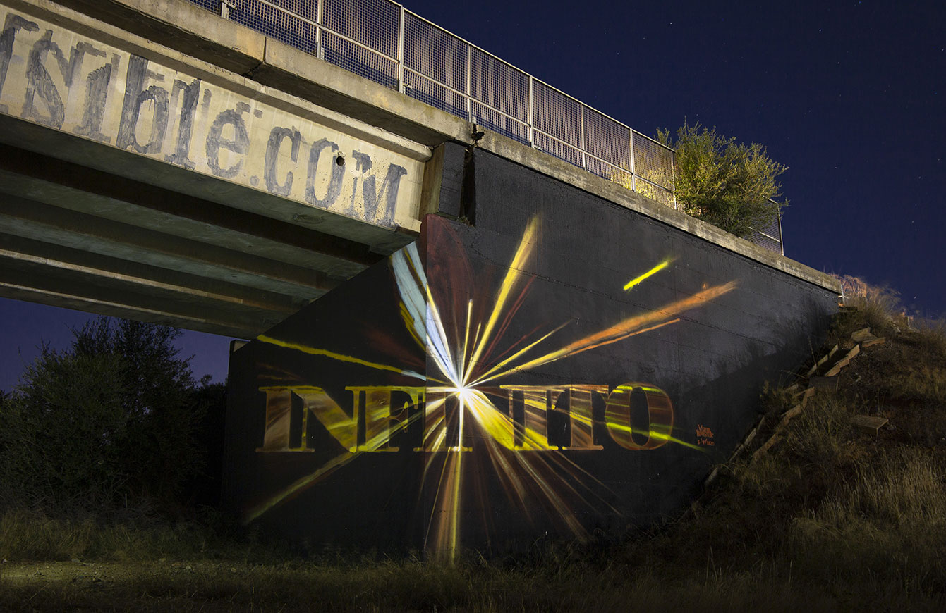''Infinito'' Spray, quartz paint and varnish on wall 15 x 8 m Cagliari 2020