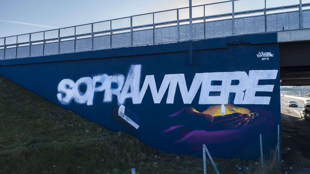 ''sopravVIVERE'' Spray and quartz paint on wall 5,5 x 15 m S.s.72 Rimini 2018